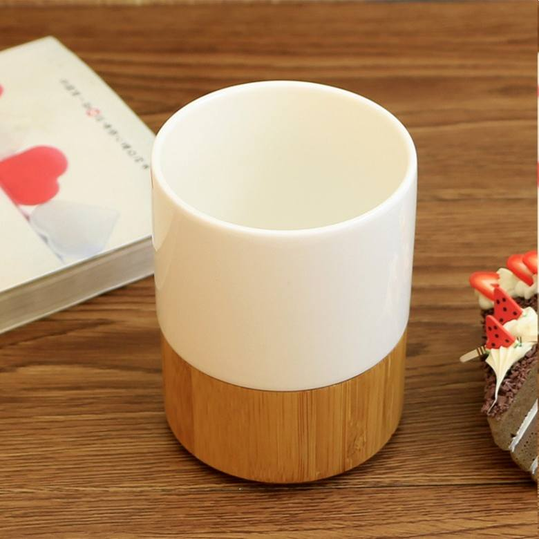 Ceramic Cup with Bamboo Coaster
