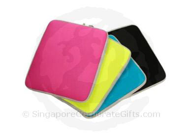 Neoprene Laptop Sleeve  L111